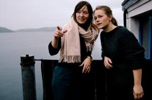 Tospann: Vera Kleppe og Åshild Kyte står bak Vera & Kyte. Møblene blir skapt i studioet på Verftet.