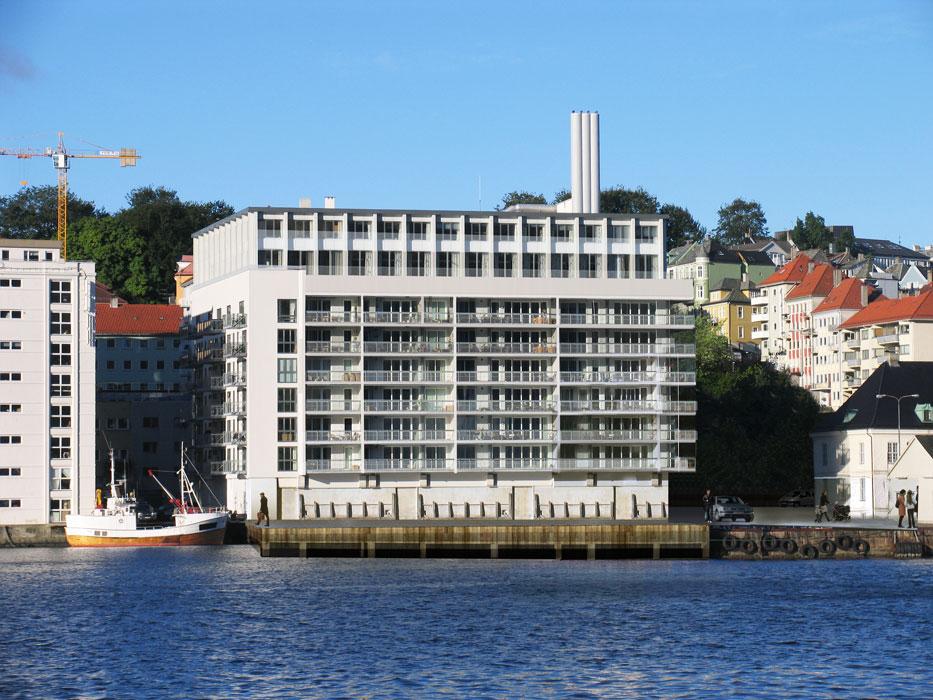 DYRE LEILIGHETER: Nordnes Brygge blir lagt ut for salg senest til sommeren. FOTO: Link Arkitekter