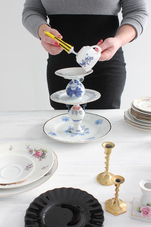 TA DET DU HAR: Hvis du har gamle fat, kopper, vaser og skåler, kan de få nytt liv som nydelige serveringsskåler. Se etter slike på loppemarked og kjøp en tube med superlim, så er du der. FOTO: Stina Andersen / Fru Andersen
