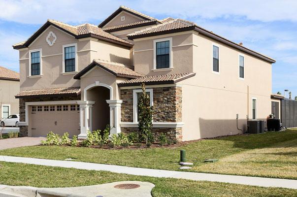 SOLGT: Dette huset i Florida ble solgt i høst. FOTO: Harry Lim