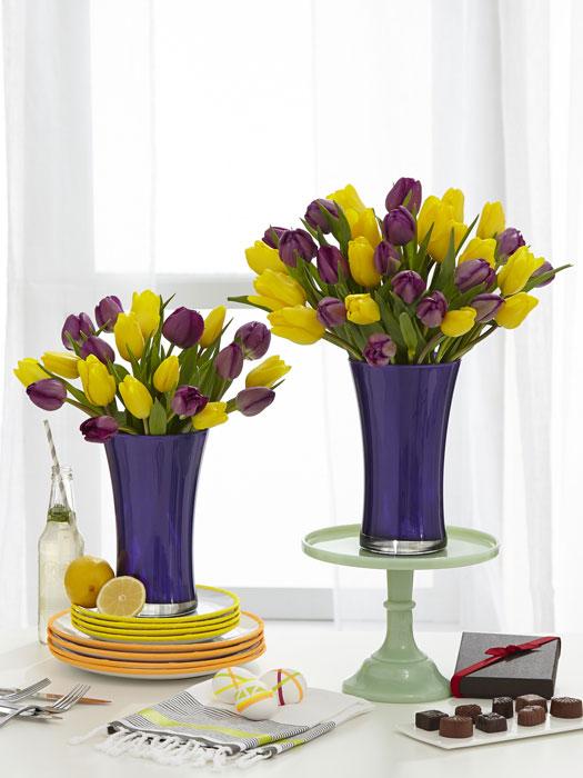 FARGELEK: Tulipaner kan kombineres i de deiligste fargekombinasjoner. Fortell i kommentarfeltet hva som er din favoritt! FOTO: PROFLOWERS.COM