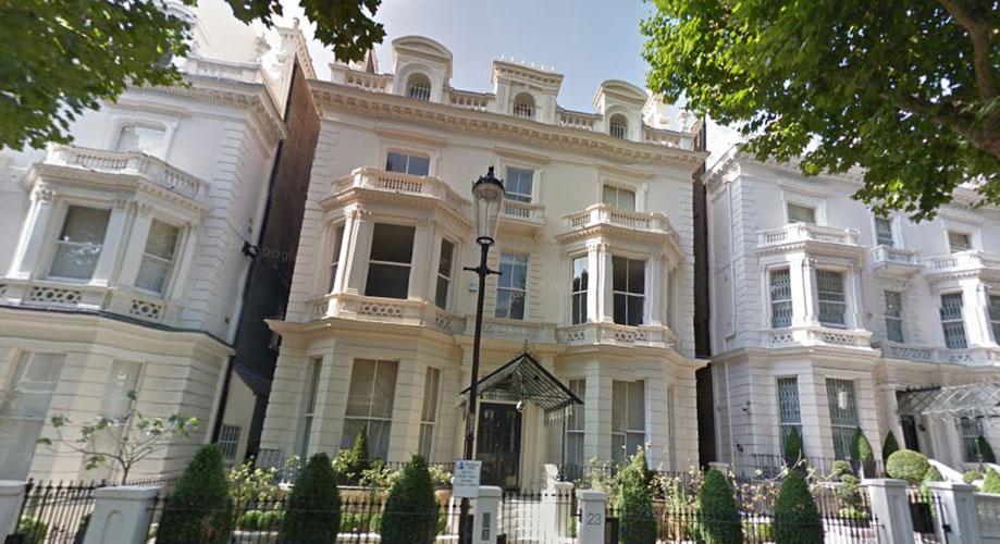 BECKINGHAM PALACE: Det er det huset til David og Victoria Beckham kalles. FOTO: Google