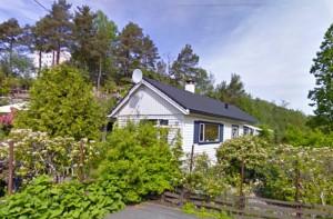 IDYLL I DRABANTBYEN: Like nedenfor høyblokkene i Storhammeren i Fyllingsdalen, ligger det koselige huset til Tony.