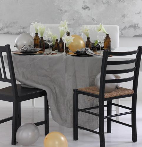 VELKOMMEN: Pynt gjerne bordet, da får gjestene straks følelsen av at du har gledet deg til at de skulle komme. FOTO: Stina Andersen / Fru Andersen